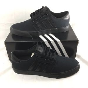 🆕 BNIB Adidas Originals Causal Sneaker Black